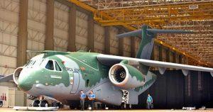 KC-390_(15576572716)