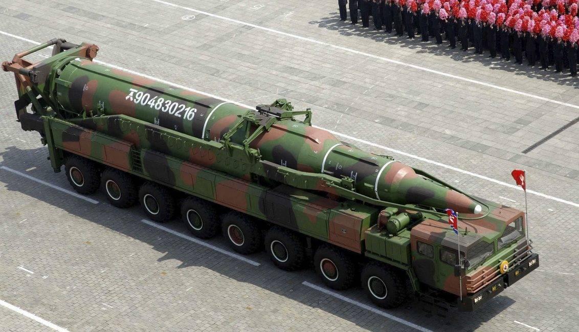 KN-08 Mod-1, durante un desfile en 2013. REUTERS/KCNA