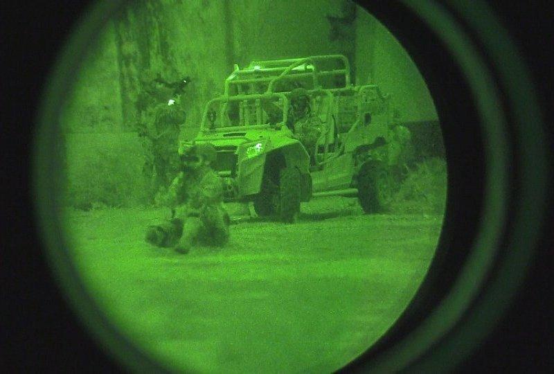 MRZR del EA durante ejercicio de recuperación de instalaciones Militares. Imagen: EA