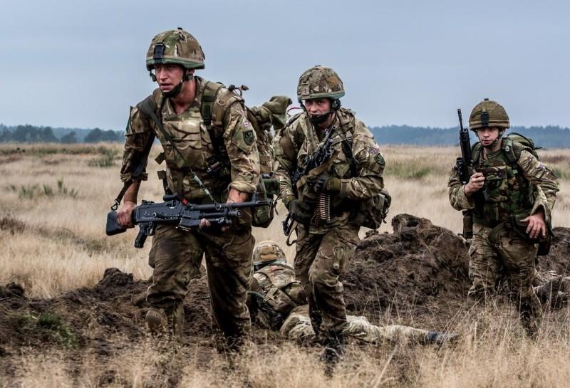 Soldados británicos en el terreno durante Anakonda 2014. Imagen: Wojsko Polskie